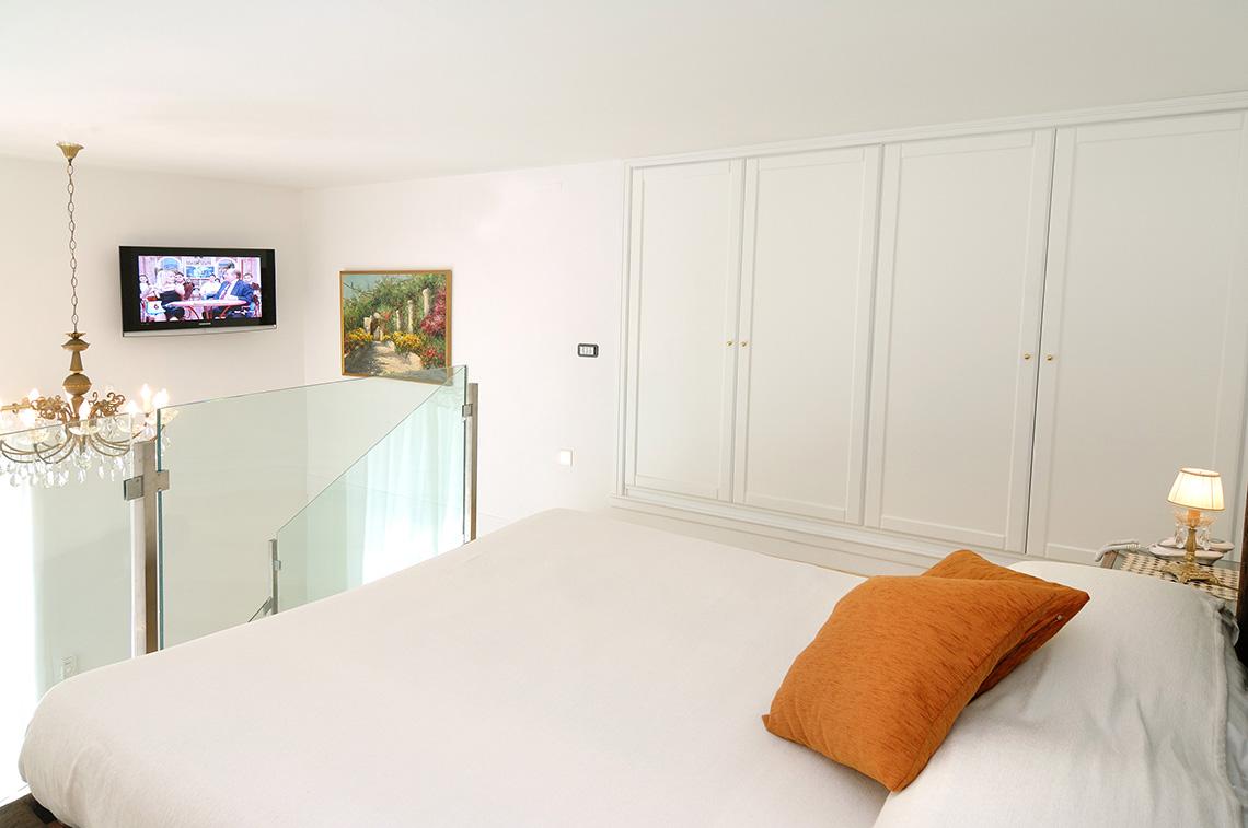 Suites residenza luce boutique hotel amalfiamalfi residenza luce - Metratura minima bagno ...
